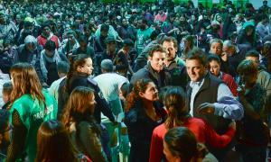 Massa estuvo junto a una multitud en Chivilcoy.
