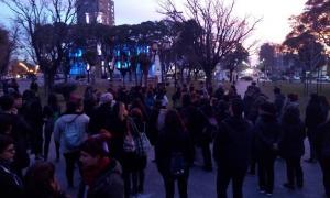 Vecinos macharon para pedir justicia por Valentina. Foto: El Campanense Diario