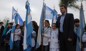 El hecho sin precedentes ocurrió en la jura de la bandera de alumnos de 4° de Tigre.