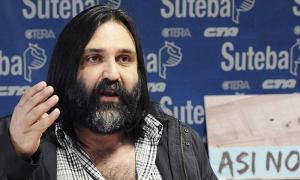 """Baradel calificó al recorte de cupos como """"una vergüenza""""."""