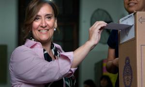 Gabriela Michetti votó en Laprida.          Foto: Leandro Vellón