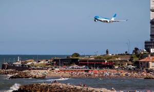 Verano 2019: Aerolíneas Argentinas transportará más de 1200 pasajeros por día a Mar del Plata