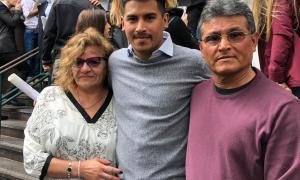 Bahía Blanca: Tras la carta viral que emocionó a todos, Christian Amarilla recibió su título de Ingeniero Químico
