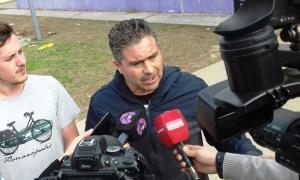 El candidato a primer Consejero Escolar recorrió la escuela de San Felipe. Foto: Campana Noticias