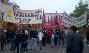 Trabajadores del Astillero Río Santiago realizaron corte en La Plata. Foto: Twitter