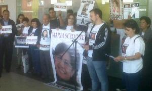 Los familiares leyeron un documento con los avances del juicio. Foto: Twitter @juampaperez