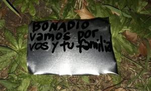 El artefacto explosivo de fabricación casera fue encontrado en un puesto de la Municipalidad. Foto: Prensa
