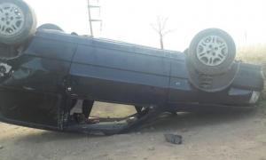 Se trata de un joven de 22 años que volcó su auto en Yapeyú y Clegg. Foto: Defensa Civil