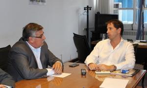 Gatica con Van Tooren. Foto: Municipalidad de Bragado