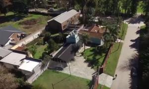 """La casa del """"Rey Arturo"""". (Imagen video)"""