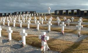 Un soldado oriundo de Lomas de Zamora es el 103° identificado en el Cementerio de Darwin