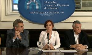 """""""No hay causa. Macri es el director de la orquesta y Bonadío ejecuta la partitura judicial"""""""