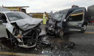 Pergamino: Tres muertos en un choque frontal en la ruta 18