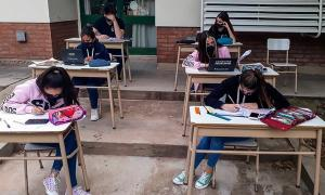 Ciudad de Buenos Aires: Larreta anunció presencialidad completa para la escuela secundaria