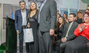 Zabaleta y Perczyk participaron de la colación de los primeros graduados de la Universidad de Hurlingham