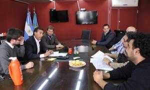 El Ministro de Desarrollo Social, Eduardo Aparicio, se reunió con autoridades del Consejo Escolar y el Concejo Deliberante.