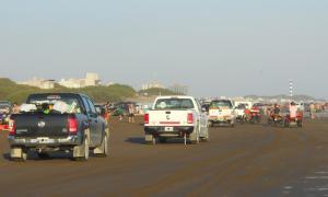 En Necochea prohiben la circulación de vehículos por la playa. Foto: Prensa