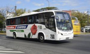 A partir del nuevo aumento, un micro entre La Plata y Capital cuesta $106,8