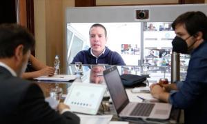 Kicillof evaluó el DISPO y la situación epidemiológica junto a especialistas e intendentes
