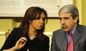 Esta noche Cristina le toma juramento a Aníbal Fernández.