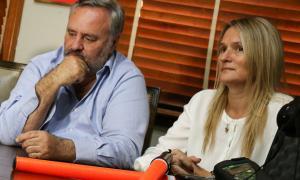 De la Torre junto a la intendenta de Baradero, Fernanda Antonijevic. Foto: La Noticia 1