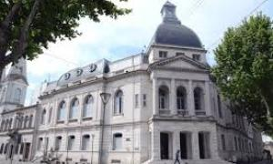 La Municipalidad de Olavarría propuso multar a los graffiteros. Foto: El Popular.