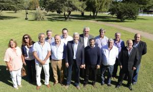 Domínguez y Mussi junto a diputados nacionales e intendentes de la segunda sección.