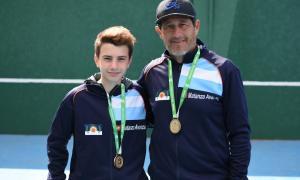 Un tenista de La Matanza que aportó su medalla de oro a la delegación. Foto: La Noticia 1.