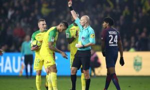 El insólito episodio ocurrió en un partido de la liga francesa. Foto: Twitter