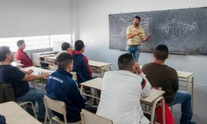 Aumentó en abril casi un 6% la matrícula para estudiar en las cárceles en Provincia