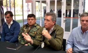 Etchevehere se reunió en Chacabuco con productores afectados por rotura de silobolsas
