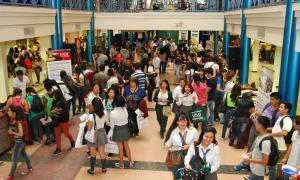 30 universidades presentes en la Expo de Almirante Brown.