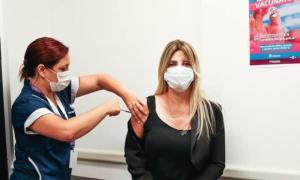 Marisa Fassi recibió la primera dosis el pasado 2 de febrero en el Hospital Kirchner. (Foto: Municipio)