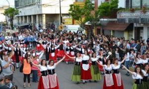 La Fiesta del Inmigrante en Berisso finalizará el 12 de octubre