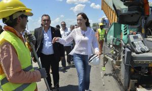 Vidal recorrió obras de infraestructura y vivienda en Pergamino, Arrecifes y Salto