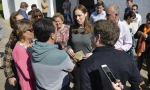 """""""Para nosotros no hay pueblo chico"""", dijo Vidal en recorrida por General Pinto y Carlos Tejedor"""