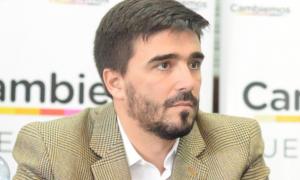 Olavarría: Galli aumenta por decreto del 18% retroactivo a mayo y municipales endurecerán medidas