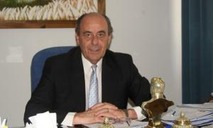 Hirtz alertó a Vidal por los sueldos.