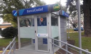 Renuevan cajeros automáticos de Banco Ciudad en hospitales de Buenos Aires