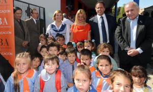 El Gobernador promulgó la Ley de Jardines Comunitarios.