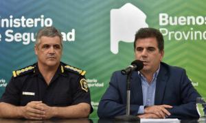 El Jefe de la Policia Bonaerense junto al Ministro de Seguridad, Cristian Rotondo
