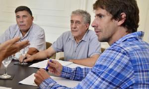 Juan Andreotti convocó a una reunión en San Fernando.
