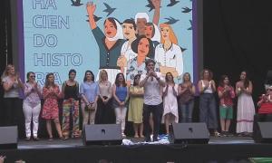 """Día de la Mujer #8M: """"Queremos lugar también los varones en el feminismo, acompañándolas y aprendiendo"""", pidió Kicillof"""