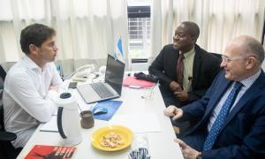 Axel Kicillof se reunió con los enviados delFMI al país