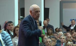 """Lavagna inauguró su sede de campaña y ratifica que no está """"ni con Macri ni con Cristina"""""""