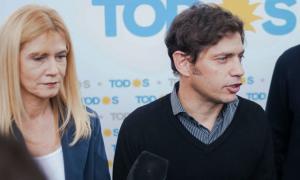 Verónica Magario hunto al Gobernador electo, Axel Kicillof
