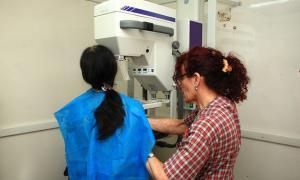 En San Isidro concientizan sobre la detección temprana del cáncer de mama