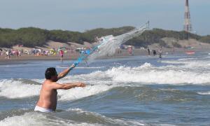 Con un 80% de ocupación hotelera Monte Hermoso celebra Semana Santa en la playa