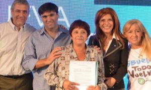 Diego Bossio visitó Avellaneda en el marco de su campaña a Gobernador de cara a las Elecciones 2015. Foto: Anses.