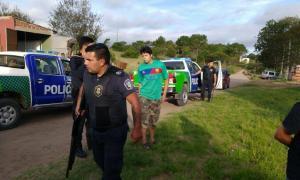 La Policía arrestó a tres personas. Foto: Pinamar24